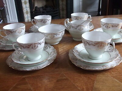 A Beautiful Royal Vale Tea Set For Six Persons