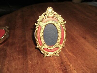 Superb Solid Cast Brass Miniature Photo Frame Victorian Style Central Oval