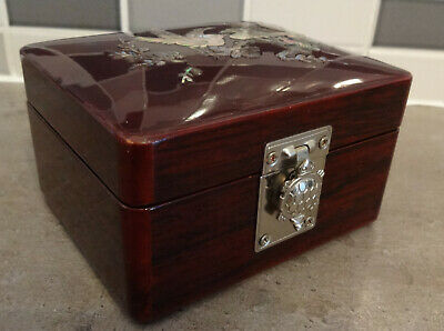Stunning Oriental Lacquered Box With Tortoise Silver Catch Fastener And Mother O
