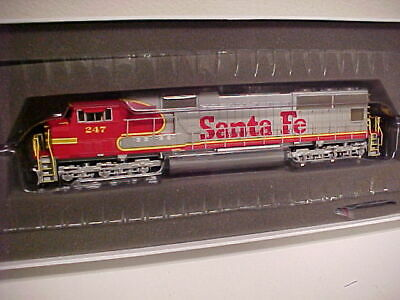 HO,Athearn Genesis G6200, Santa Fe SD-70M,#247, mint in box, JC)
