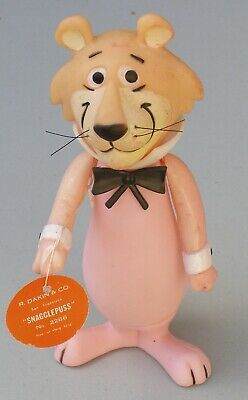Snagglepuss Toy by R. Dakin, 1971. With tag.