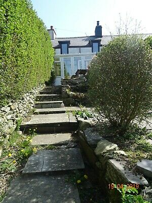 Charming holiday cottage Carmel near Penygroes, North Wales & Snowdonia