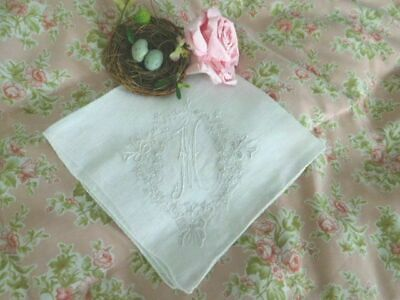 AnTiQuE MADEIRA Embroidery & NET LACE * MONOGRAM M Vintage BRIDAL Wedding Hanky