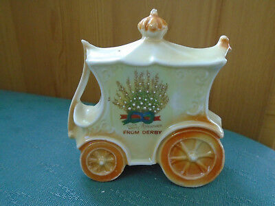Rare Lucky White Heather From Derby - Model Of Cinderellas Coach - Crested China