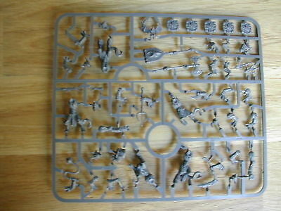 GRAPPE/SPRUE 5 x LOWER ABYSSALS MINIATURE /DUNGEON SAGA /KINGS OF WAR/c