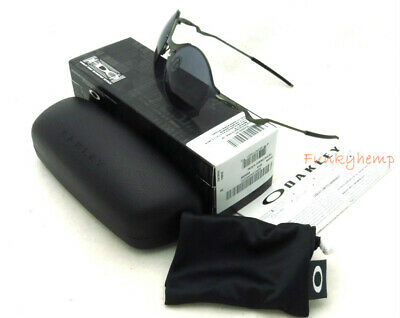 e81c3df1a2466 NEW AUTHENTIC OAKLEY Tailend Carbon Grey Wire Collector 4088-05 ...