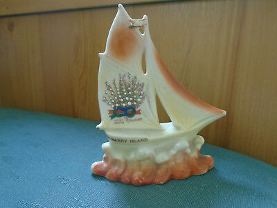 Lucky White Heather From Barry Island - Model Yacht On The Waves - Crested China