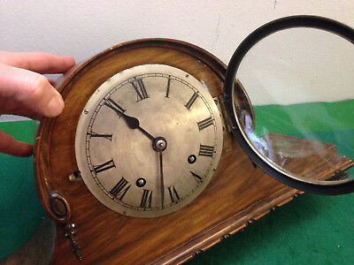 VINTAGE MANTEL CLOCK   'old'  ' -1 CHIME  /  MANTEL CLOCK/ with a key