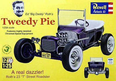 Revell Monogram 4922 Ed Roth Tweedy Pie T-Bucket show car plastic model kit 1/25