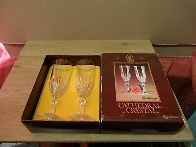 2x CATHEDRAL CRYSTAL TALL CHAMPAGNE WINE GLASSES 24% LEAD CRYSTAL SALISBURY DEMA