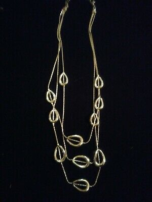 Beautiful 3 tier silver plated necklace, herringbone chain with oval rings nice