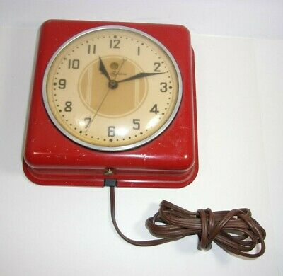 General Electric Red Electric vintage Red Dot Model 2H08 Wall Clock  T*