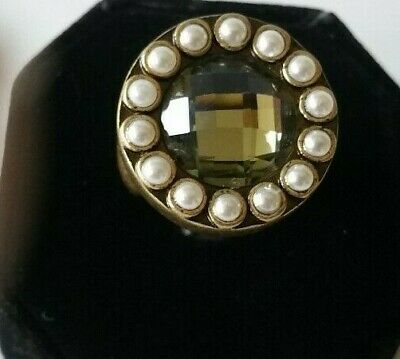 Vintage LIA SOPHIA Signed Bronze Tone Clear Crystal Glass Faux Pearl Size 7 Ring