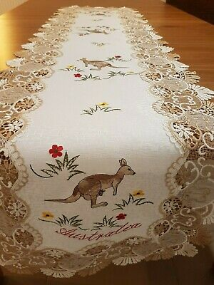 Australiana Rectangle 40*90cm Polyester Embroidered Lace Trim Table-Runner