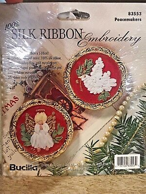 Vintage BUCILLA SILK RIBBON EMBROIDERY CHRISTMAS Peacemakers Brooch KIT 83553