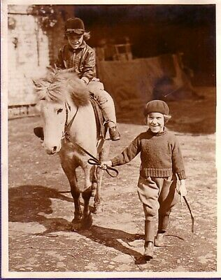 Middlesex Youngest Riding Instructor Horse Linda Croxon jeune prof Photo 1932
