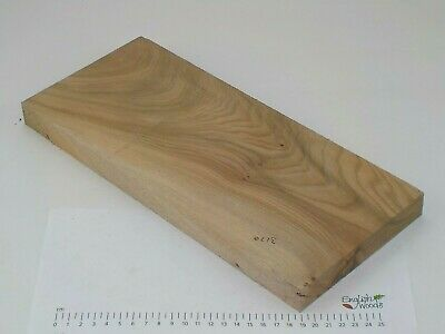 English Elm wood board.  154 x 350 x 25mm.  Chopping board, plank, table.  3170