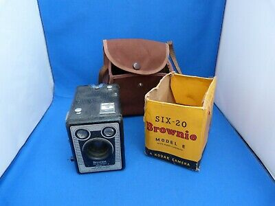 "Collectable Vintage Six-20 ""Brownie"" Kodak Camera Model E With Brown Case"
