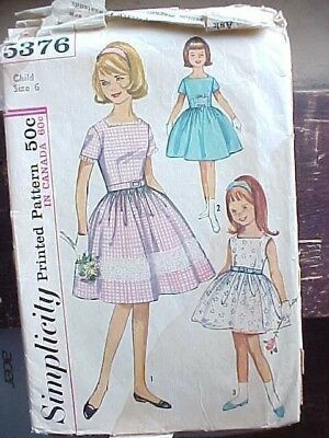 Vintage Sewing Pattern Classic 1950s Dress Simplicty 5376 Full Skirt Sz 6 1940s