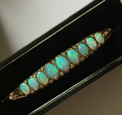 Exquisite Vintage / Antique 9Ct Gold Bracelet / Bangle. Natural Opals & Diamonds