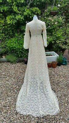 Vintage 70's Cream Lace Balloon Sleeve Wedding Dress With Train Medieval 10