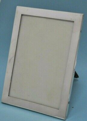 Antique Hallmarked Plain Sterling Silver Photo Frame (MS147)