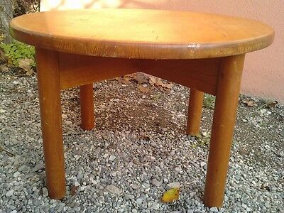 table basse design pin ( perriand ?) coffee