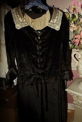 ANTIQUE VICTORIAN Black VELVET Lace DRESS Wearable Salvage Fabric 2 Piece GOTHIC
