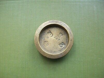 ANTIQUE - VICTORIAN, 2oz, BRASS TRADE WEIGHT: V.R.130 + 297. (CITY OF LINCOLN).