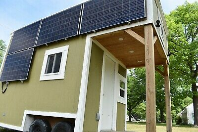 Off grid tiny house,with solar panels,and two bed rooms and full bath w/ shower