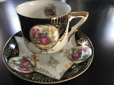 ROYAL SEALY RSY44 Japan China Footed Cup & Saucer Gold Trim Victorian Couple (9)