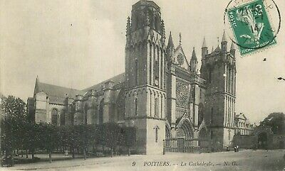 Cp Poitiers La Cathedrale