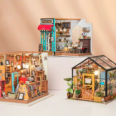 Rolife DIY Doll Houses Miniature Toy Gift for Girls Kids with Wooden Furniture
