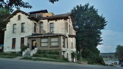 Historic Victorian House on Mississippi River *NO RESERVE* *WARRANTY DEED*