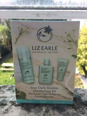 Liz Earle Your Daily Routine Introduction kit Skin Repair Combination/Oily skin
