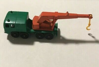 Vintage Matchbox Lesney No 30. 8 Wheel Crane Truck