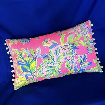 8c2d605479f7f5 New throw pillow made with LILLY PULITZER Multi Squeeze The Day fabric