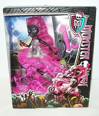 Monster High Friday The 13Th / 13 Wishes Catty Noir Black Cat Doll (New In Box)