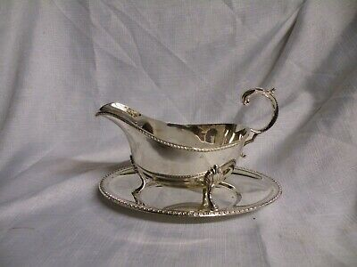 Vintage Silver Plated Gravy / Sauce Boat & Stand