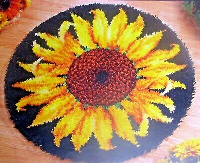 "LATCH HOOK RUG KIT  ""STRIKING SUNFLOWER"" Floral design by Craftways"