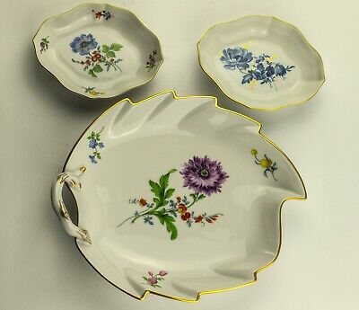 Meissen Porcelain Set of three dessert Plates With Flowers and Gold Filigree