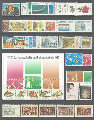 Australia 1982 Mint unhinged Year collection 44  stamps + mini sheet