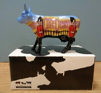 Cow Parade London 2002 Collectable Figurine  Bovingham Palace Boxed
