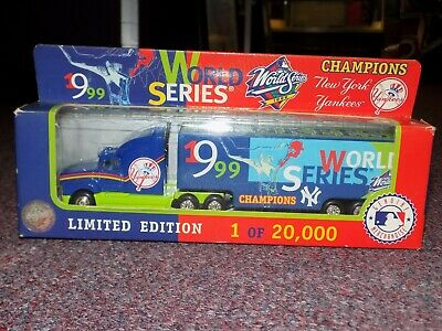 1999 World Series Champions New York Yankees Tractor Trailer Collectible Truck