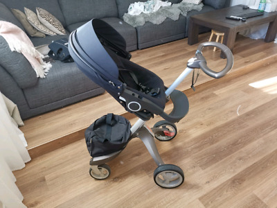 STOKKE Navy Baby Pram In Good Working Condition Up to 15kg