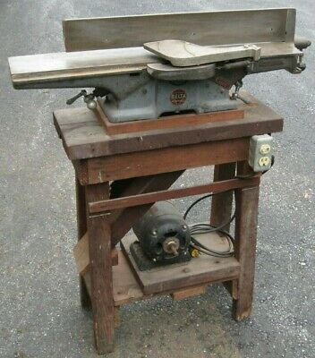 vintage Delta Milwaukee 6 in. jointer -woodworking- heavy cast iron construction