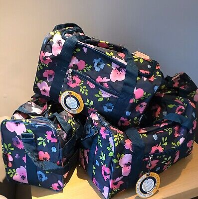 Hospital Maternity Bag Supplied With Toiletries JANUARY Sale, Limited Time Only!