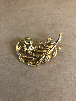 Vintage Old GOLD METAL FLORAL GOLD LEAF CHRISTMAS RHINESTONE Pin Brooch 1940s