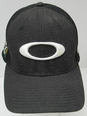 brand new c46f0 471db New Era Oakley Pro Am Black   White Hat 39Thirty Stretch Fit Cap Med Large -