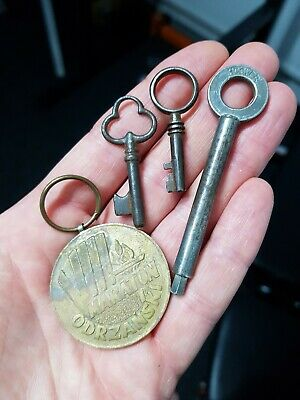 Small Little Old Antique Vintage Keys + Hoover Key + Marathon Medal (Polish?)